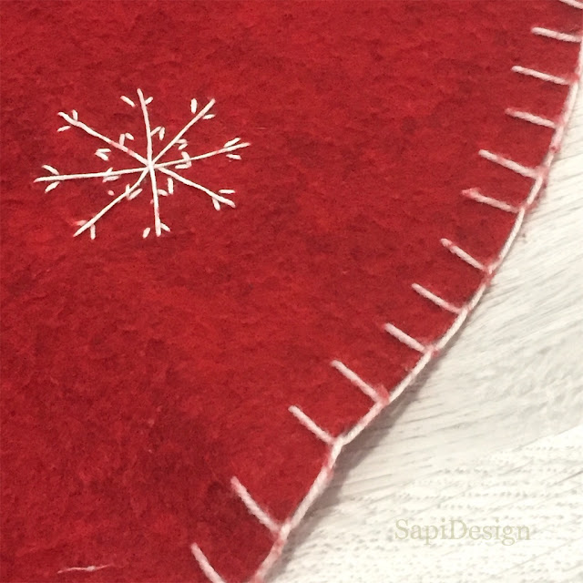 original old Christmas Tree carpet with tired surface and decoration