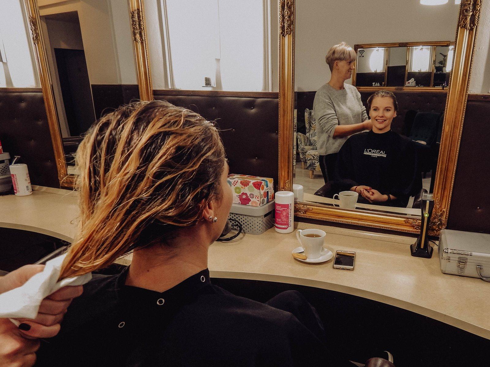 wsuwka łódź pracownia wizerunku najlepszy salon fryzjerki w łodzi, gdzie do fryzjera w łodzi zabiegi pielęgnacyjne opinie recenzje, relacje sauna koszt spa dla włosów jak odżywić włosy  rytuał pielęgnacyjny kerastase