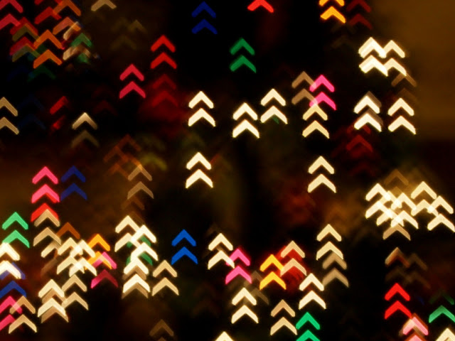 how to make chevron shaped bokeh Christmas lights tutorial