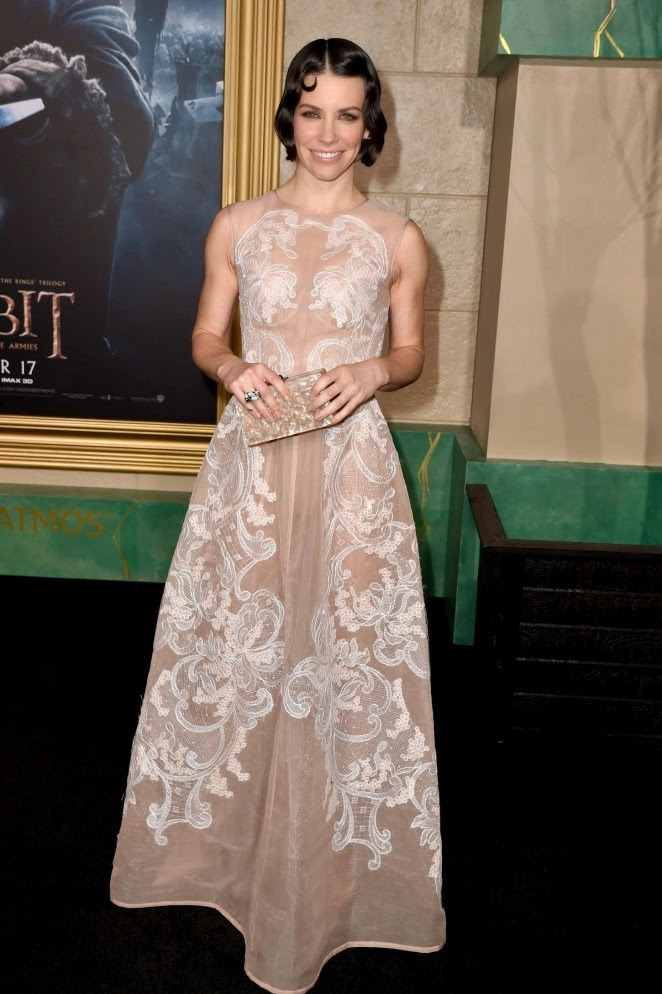 Evangeline Lily In A Sheer Lace Gown At The Hobbit The