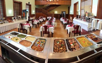 تفسير حلم افتتاح مطعم أو الاكل في المطعم أو دخول المطعم في المنام