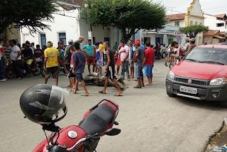 População reage a suspeitas de assaltos e persegue dupla