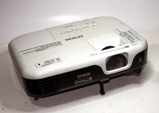 EPSON EB X100 tajam - Jual Proyektor bekas malang