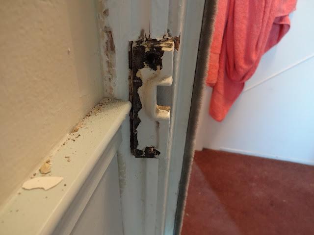restoring lock