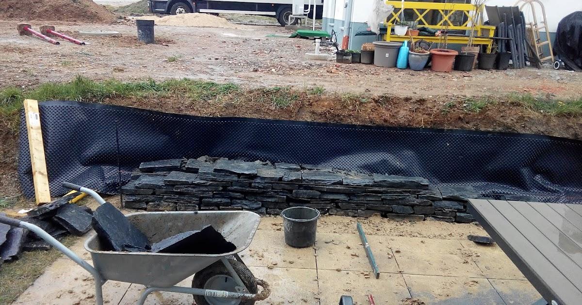 wir bauen ein neo von fingerhaus das jahrhundertprojekt trockenmauer aus schiefer. Black Bedroom Furniture Sets. Home Design Ideas