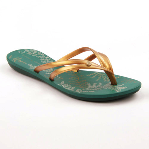 9569bc0cee4 New Seeds Woman Line flip-flops Jade Green and Gold - 11€ only at  clubefashion.com