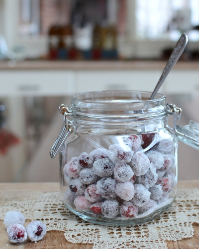 Sugared Cranberries ♥ KitchenParade.com, big payoff for little effort, a rush of sweet and sour, wet and dry.