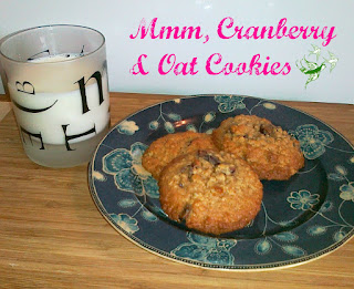 Cranberry and Oat Cookies