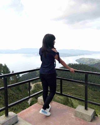 Huta Ginjang Spot Terbaik Danau Toba
