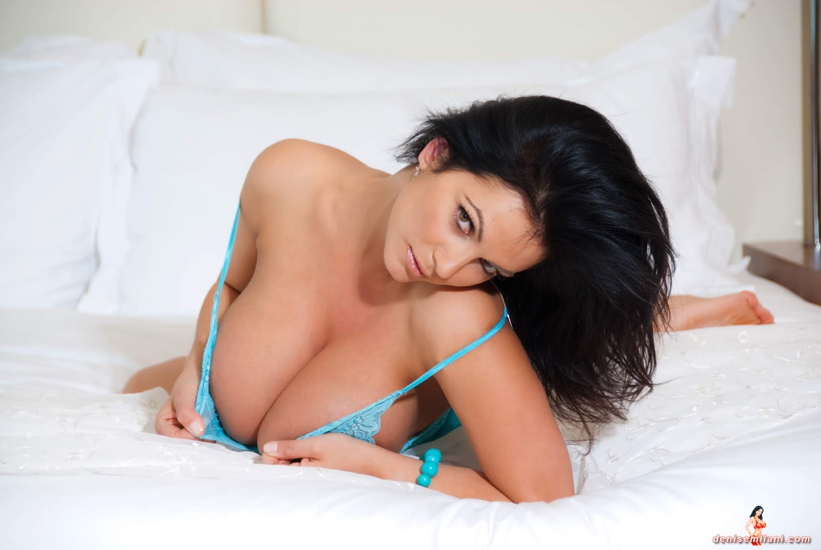 Meet and pound denise milani