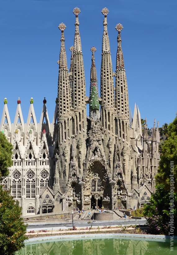 La Sagrada Familia, Antoni Gaudí - Cataluña en Miniatura - Catalonia Miniature