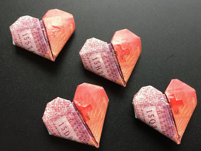 20-Franken-Note in Herzform falten