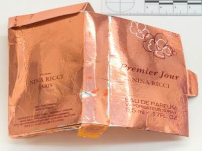 Podróbka perfum Nina Ricci Premier Jour z nowiczokiem