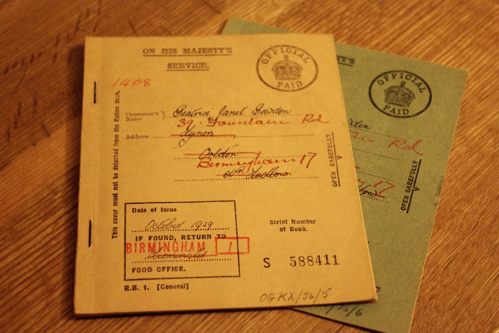 Genuine British Ration Books from 1939.  From the Quince Tree blog.