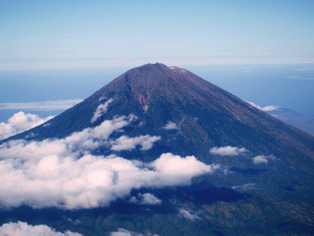 9 Nama Gunung Letak Dan Tahun Meletusnya Ruana Sagita