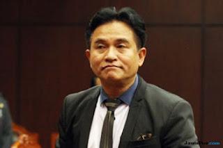 Pengacara kondang Yusril Ihza Mahendra dikabarkan siap membantu Honorer K2. (jpnn/jawapos.com)