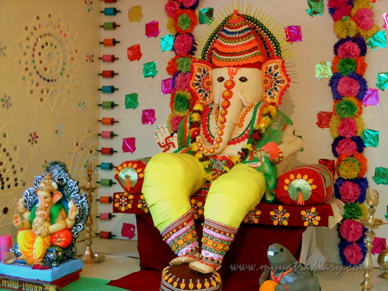 Eco friendly Ganpati pandal from paper, Ganesh Chaturthi Mumbai Pandal Hopping