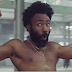 "Single ""This Is America"" do Childish Gambino permanece no topo da Billboard pela 2ª semana seguida"