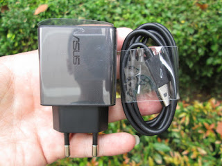 Charger Original ASUS 2 Ampere Fast Charging