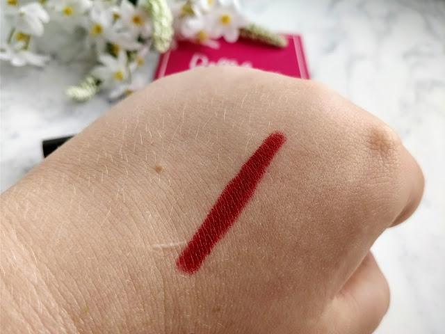 Foccallure Matte Lipstick in Cardinal Swatch