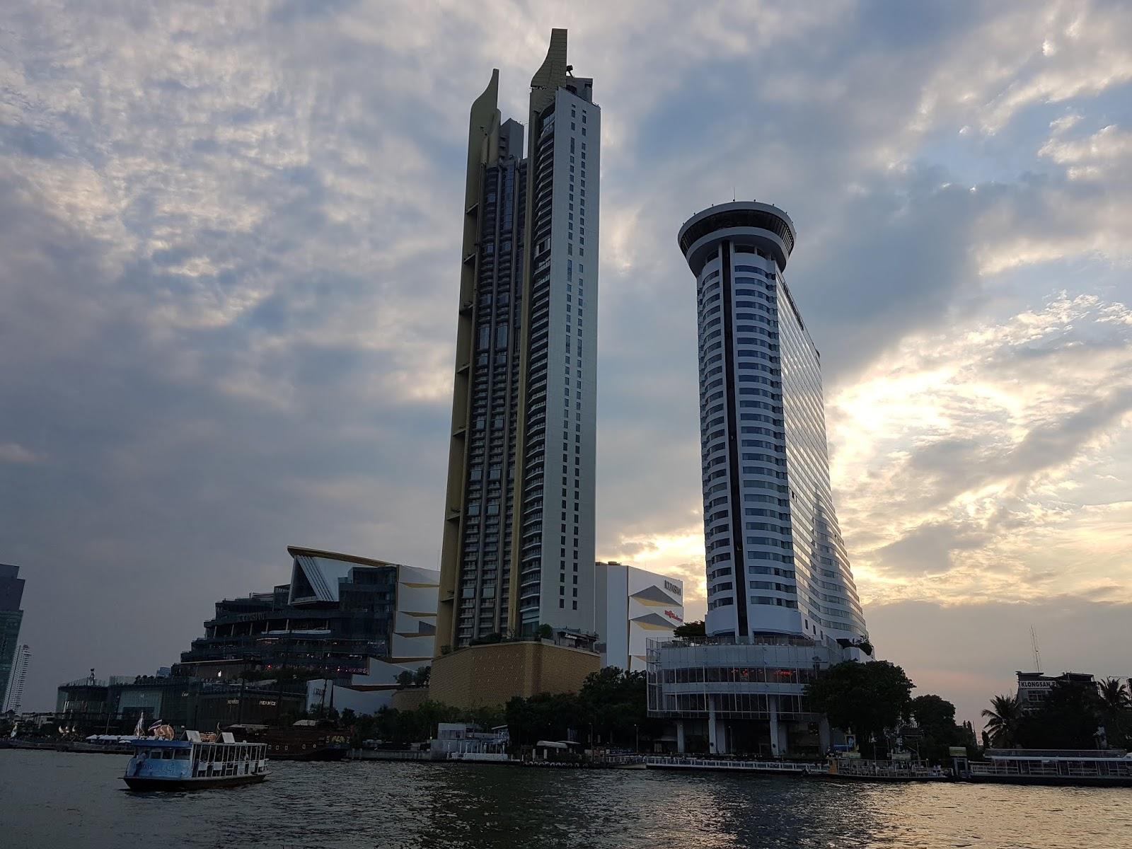 Hotel near icon siam