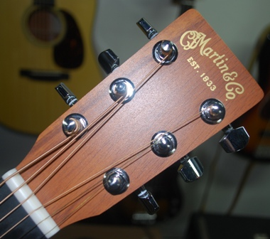 rex and the bass little martin lxk2 acoustic travel guitar review. Black Bedroom Furniture Sets. Home Design Ideas
