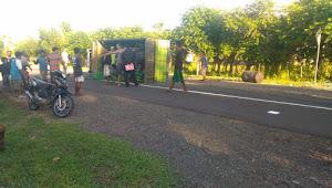 Tabrakan Sepeda Motor Vs Truk di Tambora Menewaskan Dua Orang