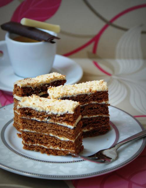 miodownik,stefanka,ciasto z miodem,miód,powidła śliwkowe,ciasta na święta,