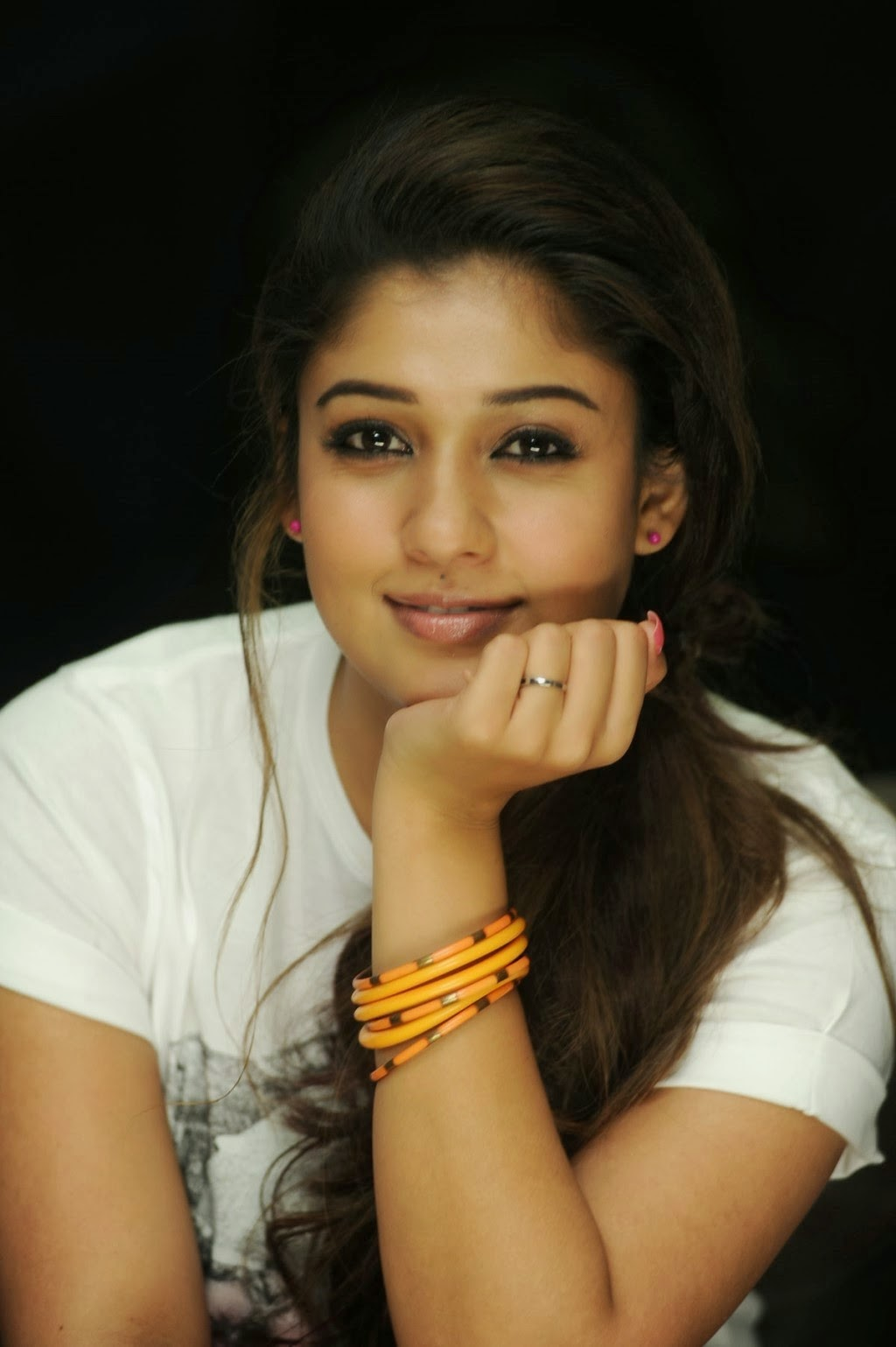 Nayanthara Gorgeous Photo Shoot  Nayanthara Image Gallery -8916