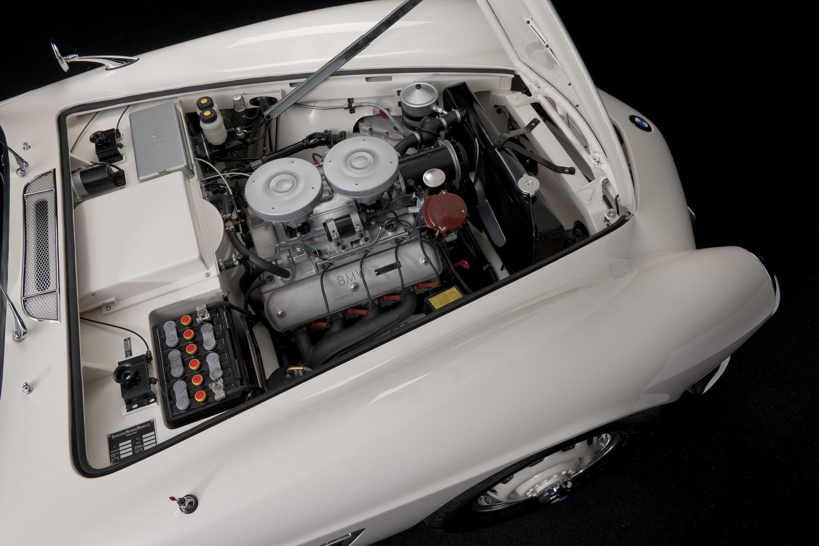 Elvis-BMW507-39.jpg