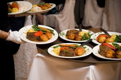 Ofrecer un menu para boda de comida deliciosa y econ mica for Como organizar una boda civil sencilla y economica