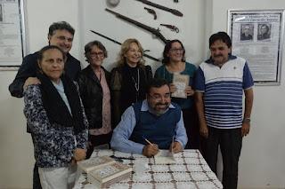 Lançado livro 'Memórias de um Menino' em Cuité