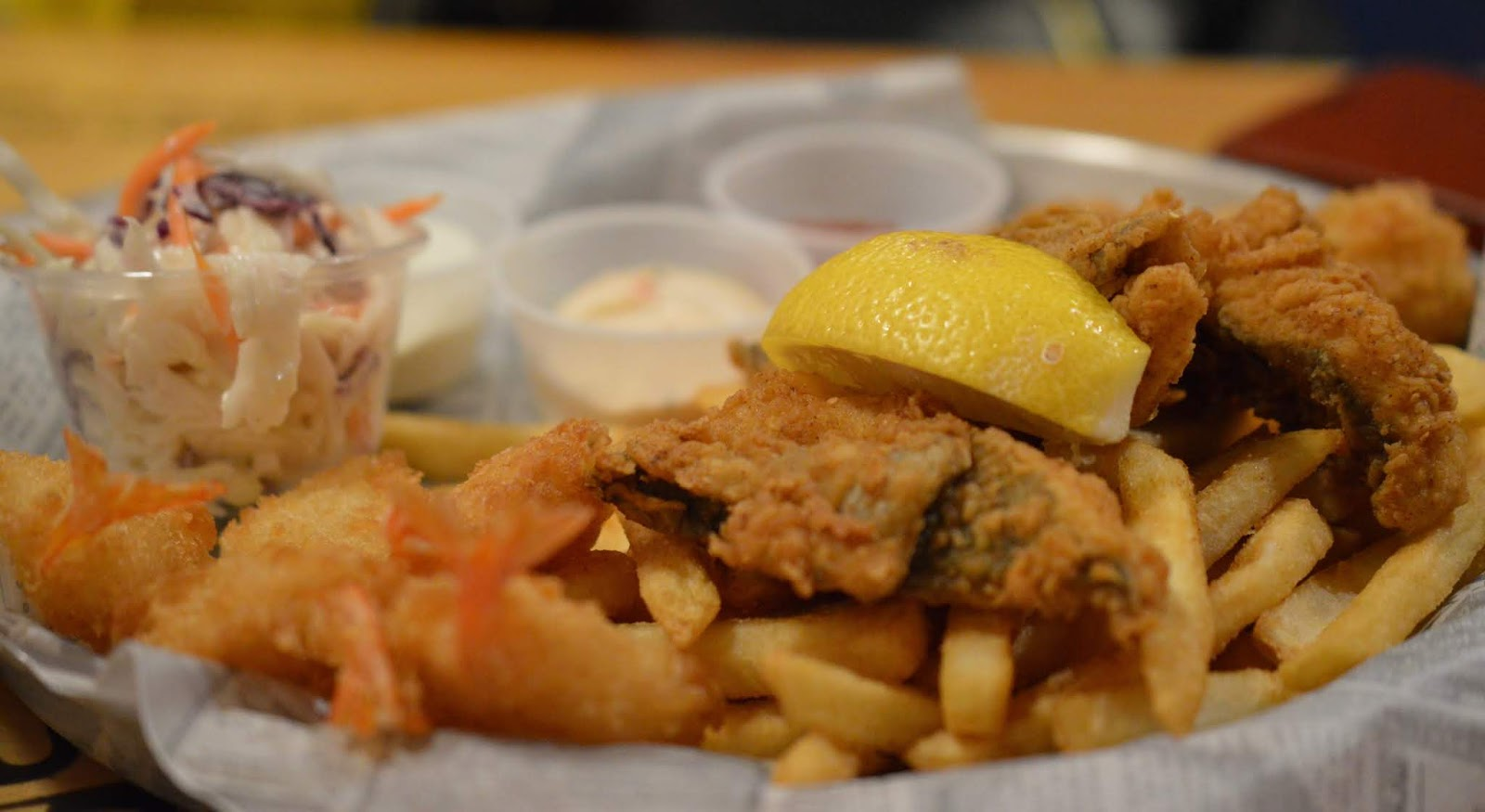 Dining with Kids in London | Bubba Gump Shrimp Leicester Square Review  - Forrest's Seafood Platter