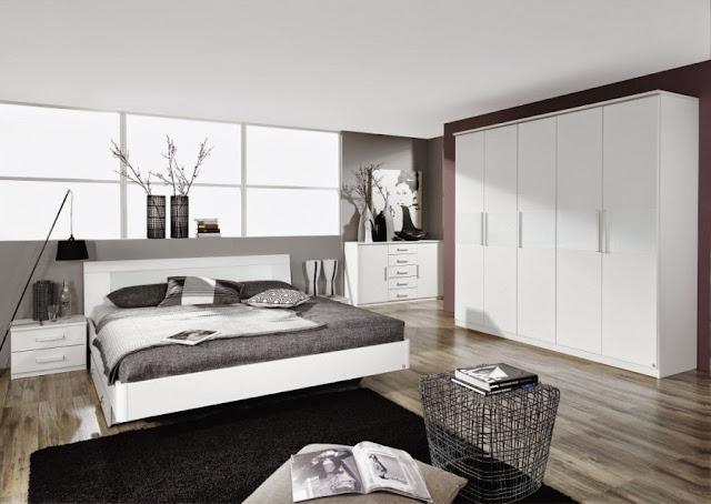 lifestyle la bella addormentata 2 0 in moda veritas. Black Bedroom Furniture Sets. Home Design Ideas