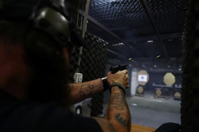 Para ter uma arma em casa, o gasto mínimo é de R$ 3,7 mil