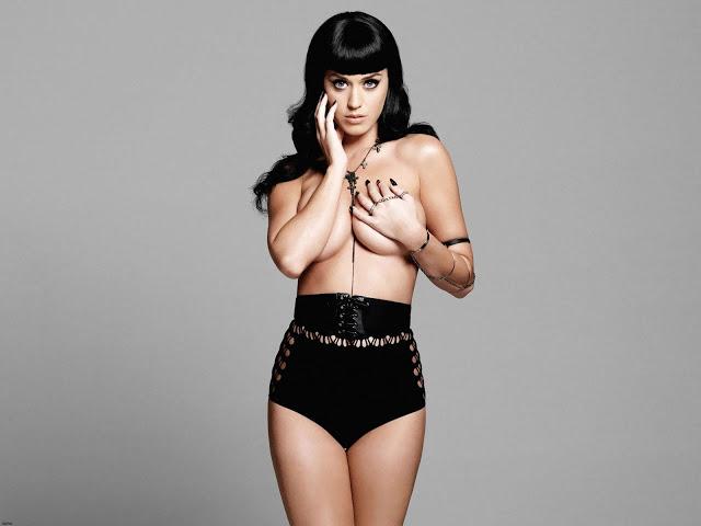 Katy Perry Hilang PERAWAN di Usia Remaja