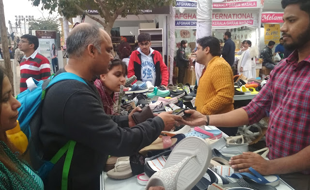 Movement of craftsmen with Digital India at Surajkund Fair, Cashless Purchase Trend