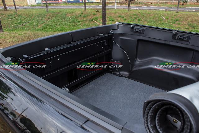 Extensor de Caçamba da Fiat Toro com a Tampa Fechada