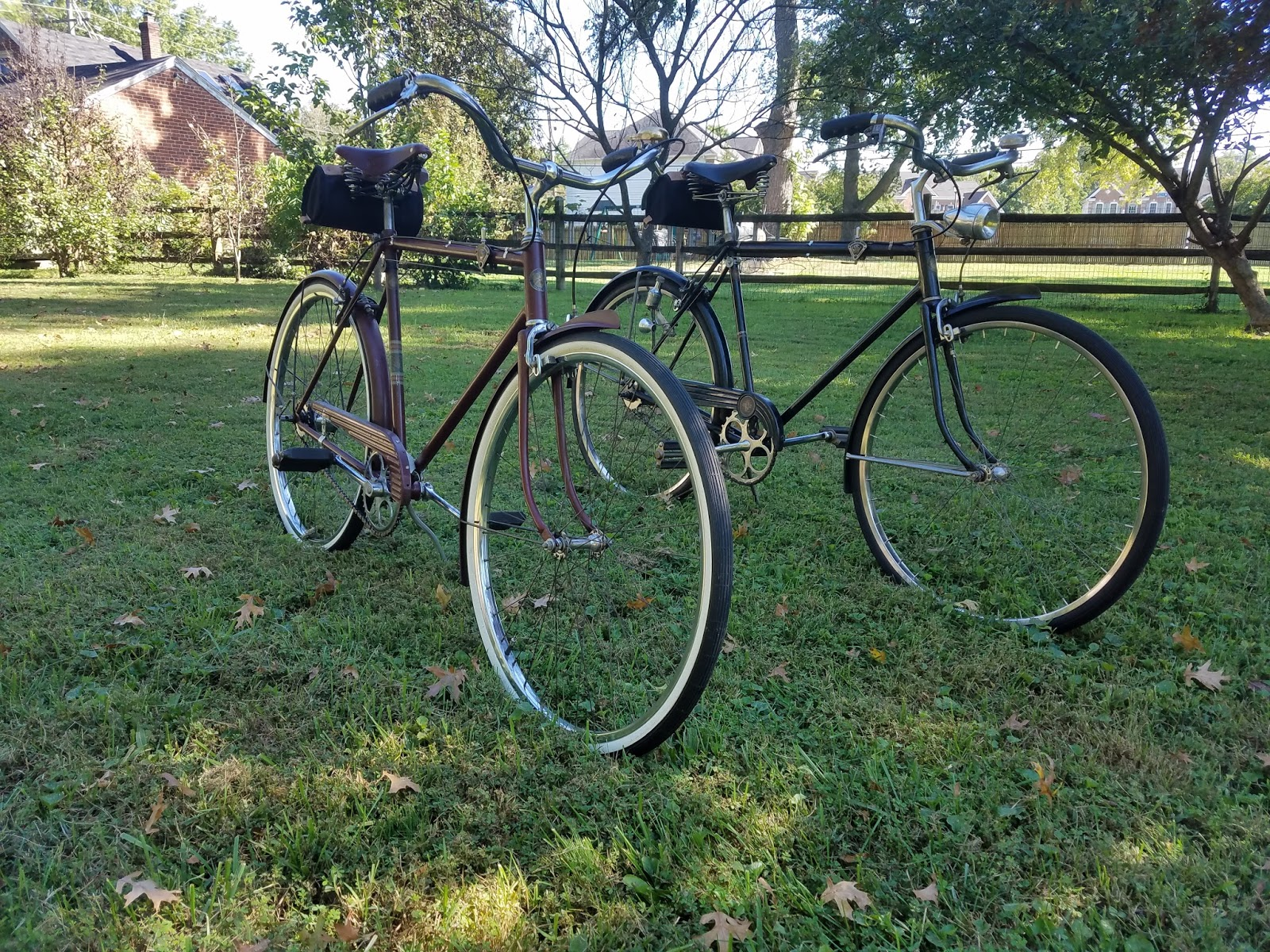 The Bike Shed: Side-by-Side: Pre-war and Post-war Schwinn