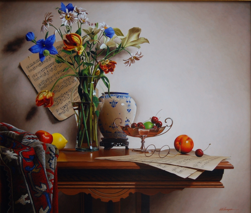 02-Delft-Vase-with-Rembrandt-Tulips-Mark-Thompson-Photo-Realistic-Still-Life-Paintings-www-designstack-co