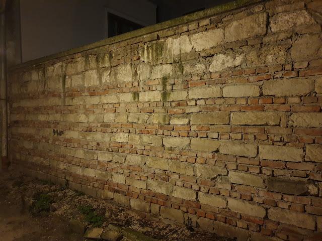 החומה המשוחזרת