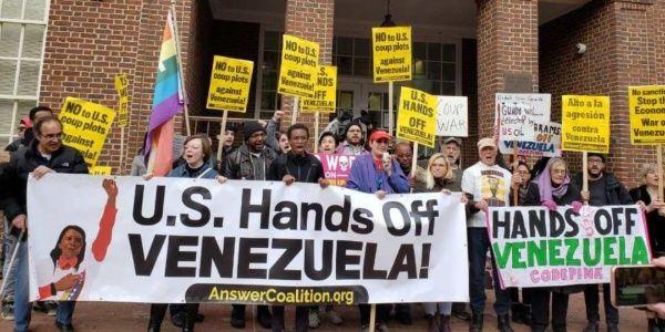 Activistas de EE.UU. instan a resolver disputa en embajada venezolana sin violar derecho internacional