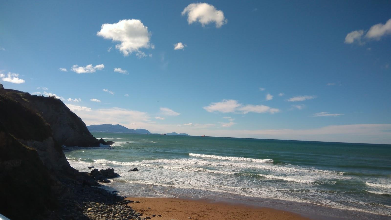 Plaża w Bilbao przy słonecznej pogodzie