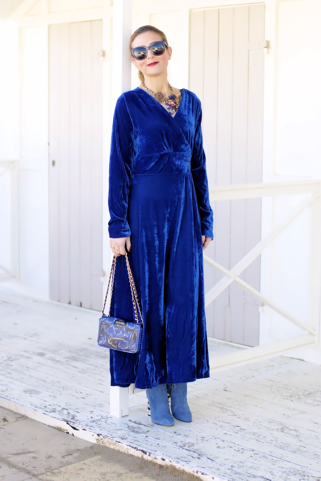 Rosegal blue maxi velvet dress on Fashion and Cookies fashion blog, fashion blogger style