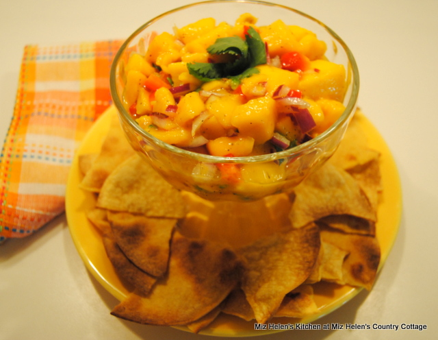 Mango Salsa at Miz Helen's Country Cottage