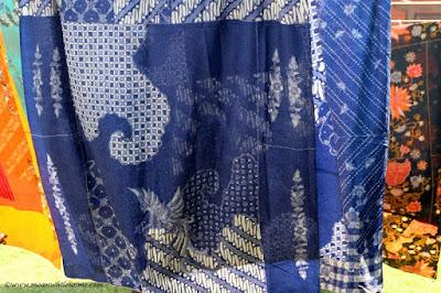 belajar tentang batik ikon pekalongan dan warisan dunia pewarnaan batik