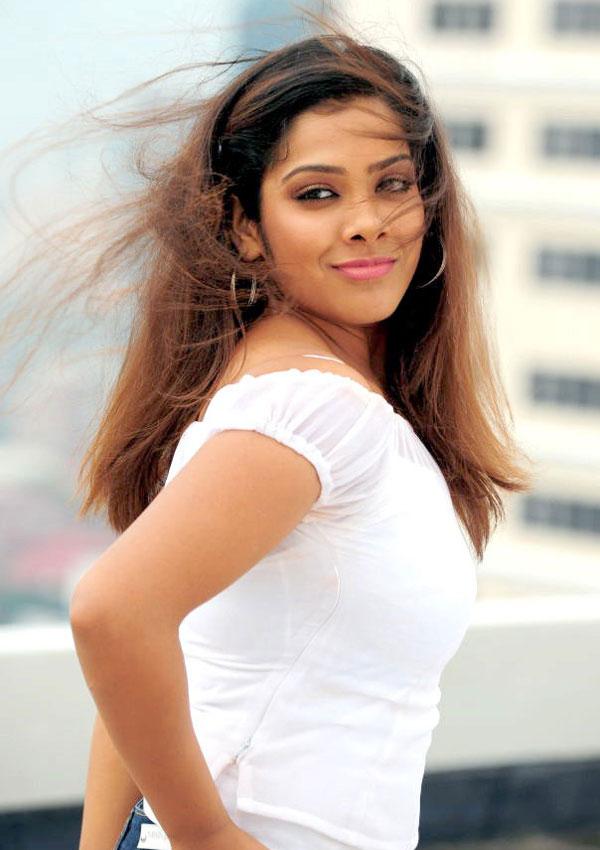 Tamilische Schauspielerin Naket #14