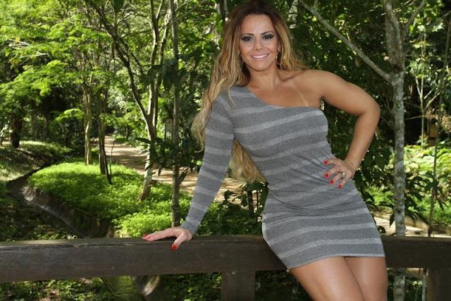 https://www.oblogdomestre.com.br/2018/10/VivianeAraujo.Colirio.html