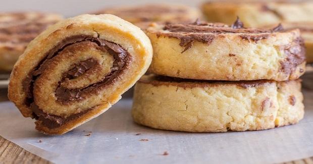 Crunchy Nutella No Yeast Roll Ups Recipe