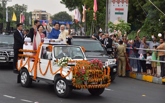 AbeShinzo-with-pm-modi-in-Ahmedabad-Gujarat